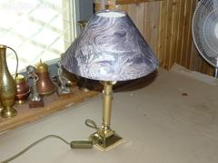 Sárgaréz ernyős asztali lámpa 44 cm