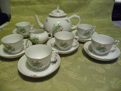 Kínai Fogós, Herendi különleges teáskészlet