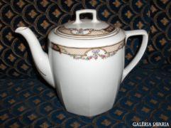 Régi porcelán teakiöntő
