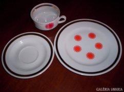 4 személyes teás és süteményes készlet