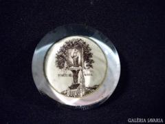 S639 i3 Antik üveg levélnehezék MÁRIAREMETE