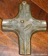 Bronz v. bronzírozott  kereszt 1990-ből