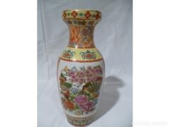 X106 G2 Porcelán kínai mintás váza