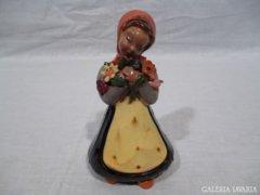 3084 G4 H. Rahmer Mária kerámia virágos nő