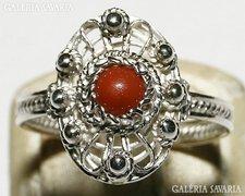 Antik Filigrán Ezüst Gyűrű Valódi Korallal