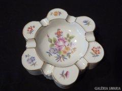2558 K3 Herendi 6 személyes porcelán hamutál