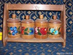 Retro,fa fűszerpolc - kézi festésű virágokkal