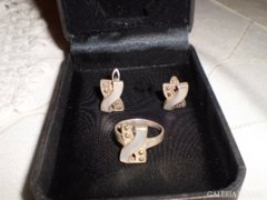 Ezüst gyűrű és fülbevaló
