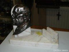 Lenin fejes márvány asztali dísz
