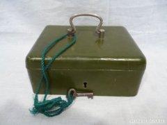 4632 L0 Antik fém kassza zárható páncél