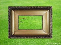 8205 Antik vágható aranyozott képkeret 11 x 17 cm