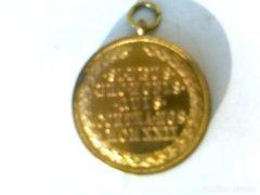 Magyar aranyozott bronz érdemrend,