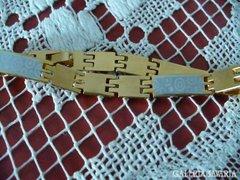 Arany filled szép karkötö