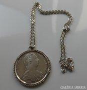 Szep 825-os ezust nyaklanc Maria Theresia Taleral akcio