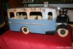 Fa játék busz a '20-'30-as évekből