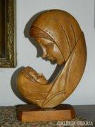Szűz Mária Jézussal :  FAFARAGÁS