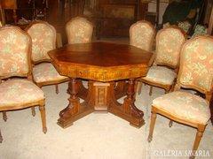 Antik ónémet asztal székekkel
