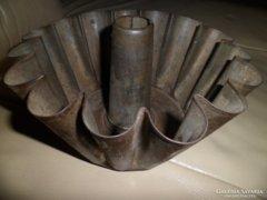 Kuglófsütő, antik