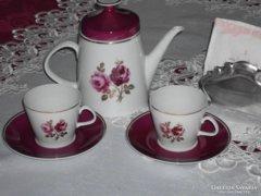 Gyönyörű 2 személyes teás, kapucsínós.