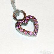 Ezüst szív alakú medál rózsaszín kövekkel