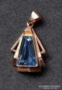 Aquamarine medal