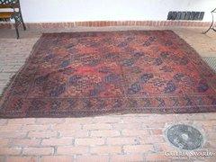 Antik szőnyeg nagy méretű