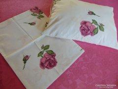 Mályvaszín rózsás párnahuzat - 2 db