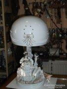 Román porcelán asztali lámpa