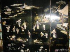 Antik fekete lakk kínai paraván sok jelenettel.