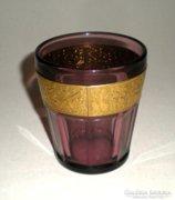 Üveg pohár jelenetekkel