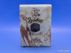 0C365 BOLDOG ÚJÉVET 1898 márványtábla