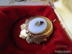 Biedermeier ezüst, és  arany medál