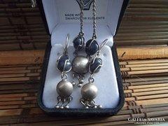 Iparművész ezüst fülbevaló, nyakék / lazuli