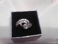 Csodás cirkon köves ezüst gyűrű