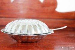 Kagyló formájú dzsem- vagy kaviár ezüstözött kiskanáll