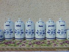 Gyönyörű porcelán fűszertartó készlet
