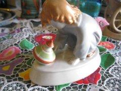 Zsolnay Sinkó porcelán figura eladó