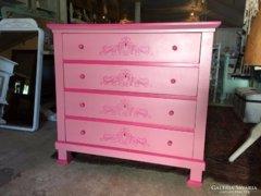 Rózsaszínű Biedermeier komód.