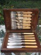Ezüst halas készlet+eredeti fadoboza Sheffield antik