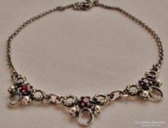 Szépséges antik gránátköves ezüst collier