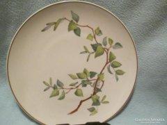 6 db-os KPM sorozatból való tányér (Bajban az erdő)  24,5 cm