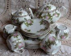 Négyszemélyes rózsás, szecessziós teáskészlet