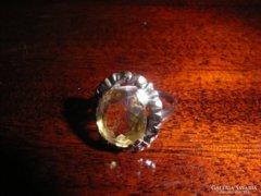 Arany gyűrű.