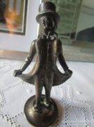 ANGOL gentleman LORD fém szobor keménykalap