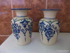 Korabeli Korondi váza pár.