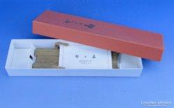 0D615 Japán dísztárgy tartó állvány dobozában OHGI