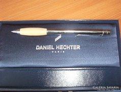 Francia márkás toll díszdobozban,ajándéknak