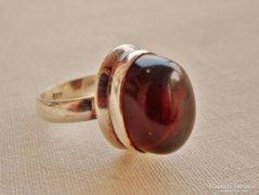 Gyönyörű régi nagy borostyánköves ezüstgyűrű