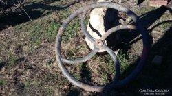 Nagyméretű öntött vas kerék