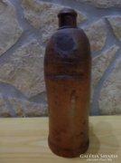 Kőagyag ásványvizes palack